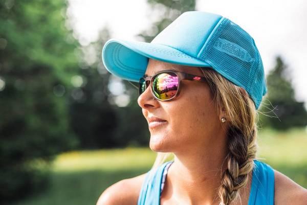 lunettes de soleil femme rouge